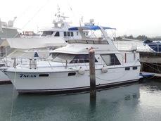 42′ Carver 4207 Flybridge Yacht ( Charter or For Sale )