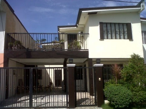 RENT OR SALE House and Lot in Cavite 5br, 2T fully furnished